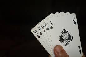 Games kasino yang dimainkan orang